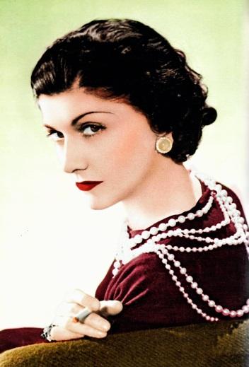 Gabrielle photographiée par Boris Lipnitzki en 1936.jpg
