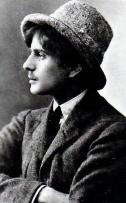 Le poète Pierre Reverdy vers 1920.jpg