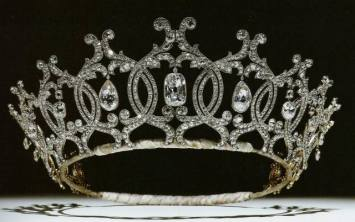 portland-tiara-1902-by-cartier-for-winifred-duchess-of-portland.jpg
